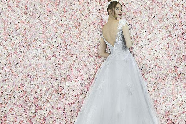 Robe de mariage jupe trapèze en tulle
