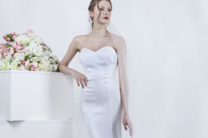 Robe de mariée en satin fluide effet soyeux