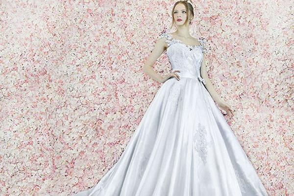 Robe de mariage photo en dentelle