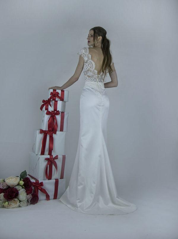 Robe de mariée sirène avec fente à Paris
