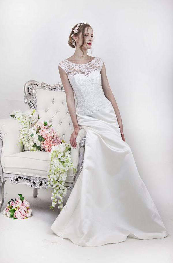 Robe de mariage avec corset en coeur