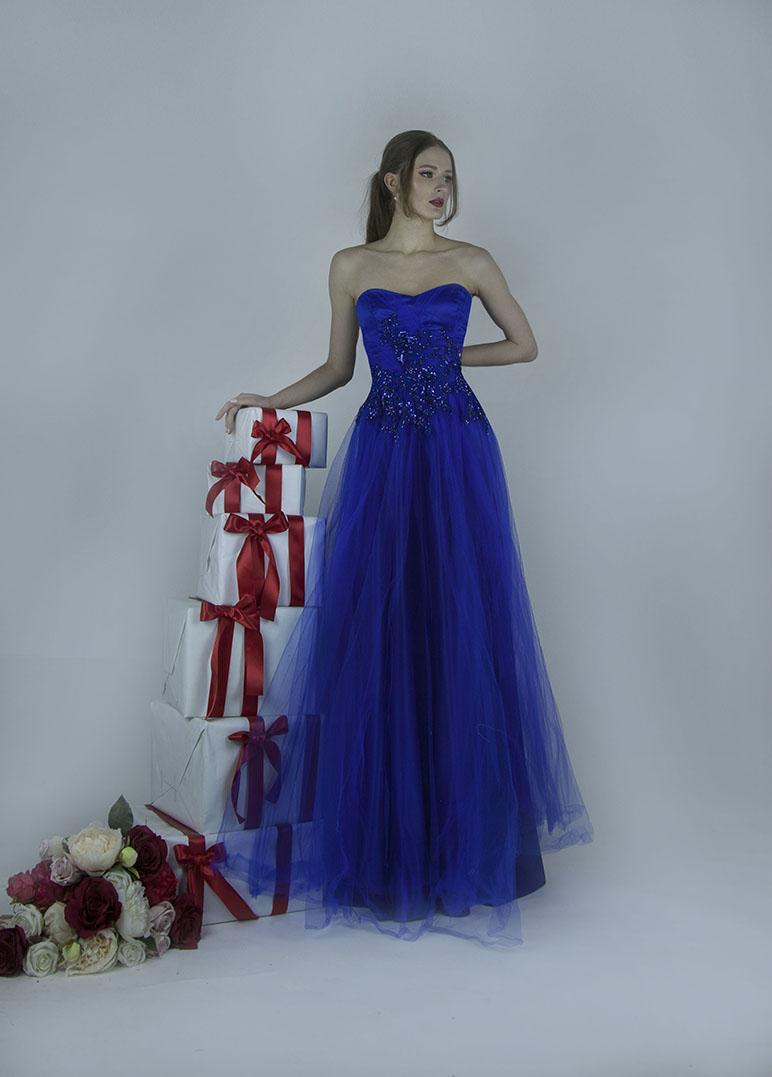 Robe de soirée en tulle fin bleu électrique