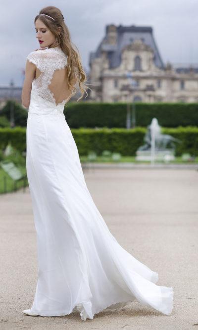 Robe de mariée ivoire avec de al dentelle chic