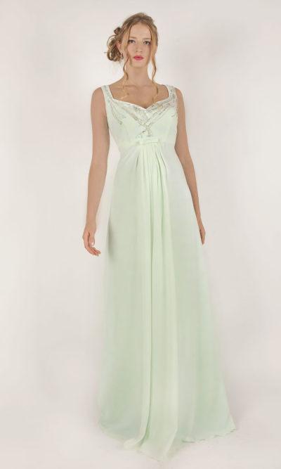 Robe de soirée vert pâle taille empire