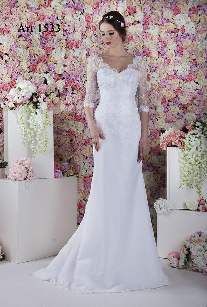 obe de mariage Paris avec une jupe sirène