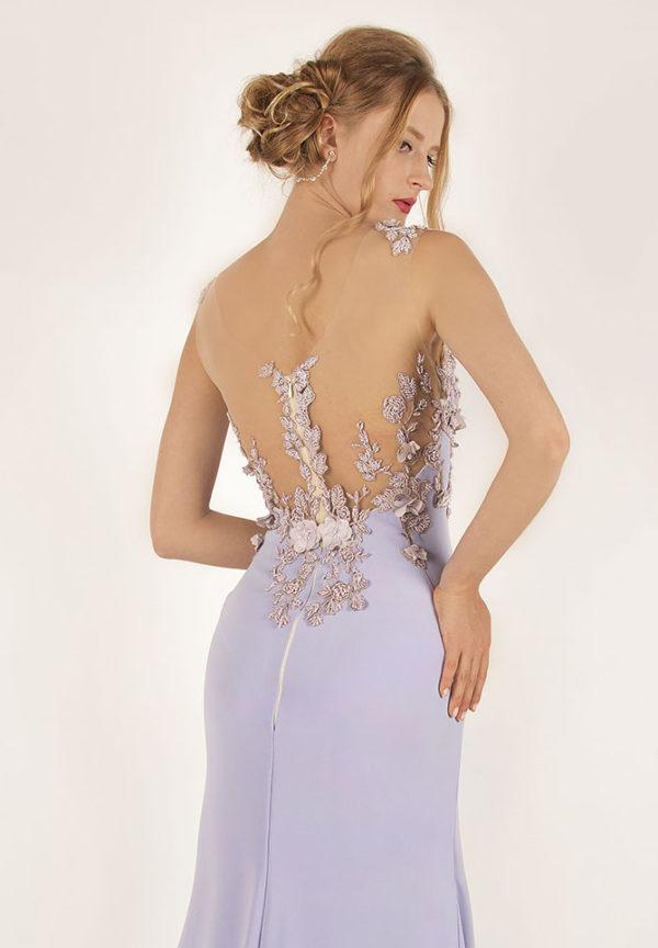 Robe de soirée avec un dos transparent