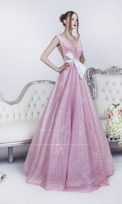 Robe de soirée rose princesse avec ceinture blanches