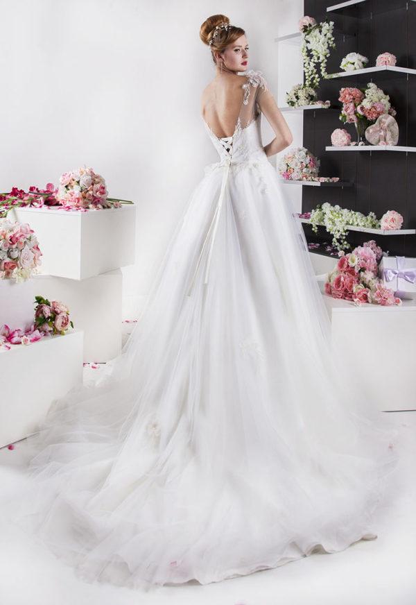 Robe de mariée romantique avec jupe princesse