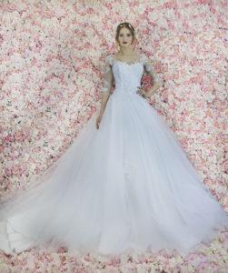 Robe de mariée princesse avec une jupe en tulle