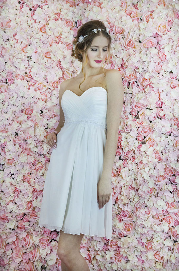 Robe de mariée courte pour mariage civil Paris