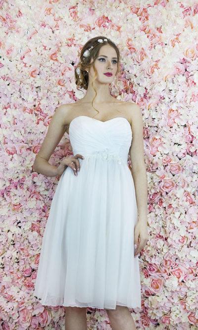 Robe de mariée courte style antique