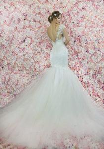 Robe de mariée de style sirène avec du tulle