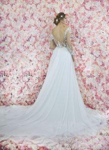 Une magnifique silhouette d'une robe de mariée