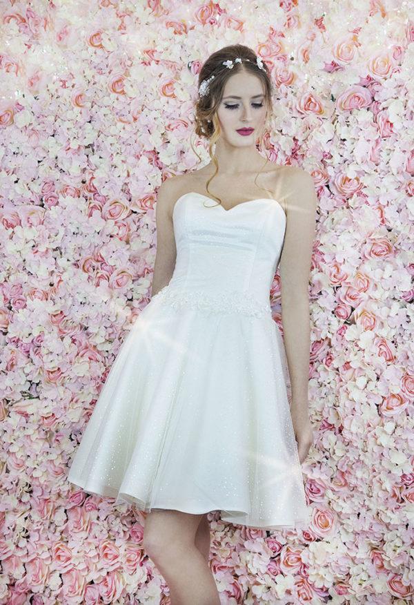Robe de mariage évasée sexy courte