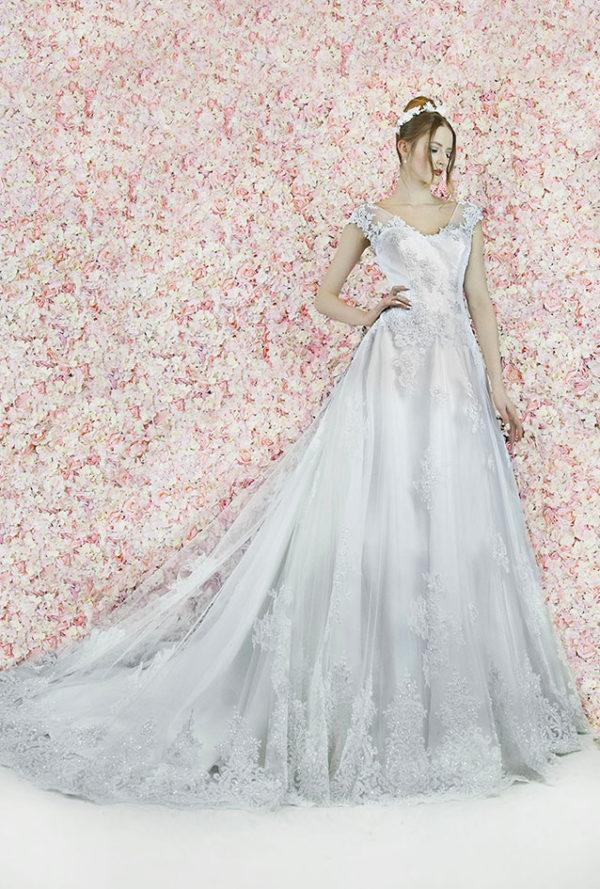 Robe de mariage Paris trapèze chic et élégante