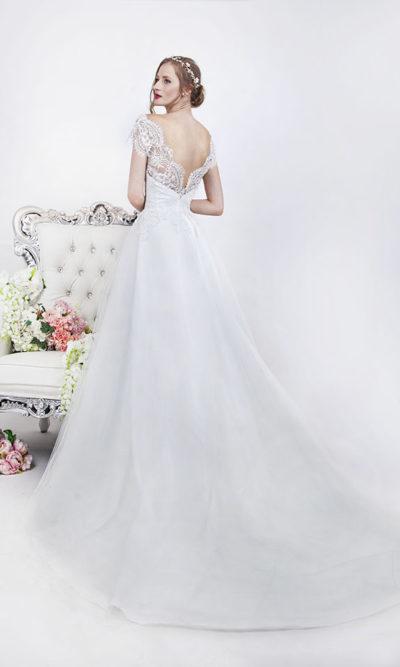 Robe de mariage dos nu et dentelle