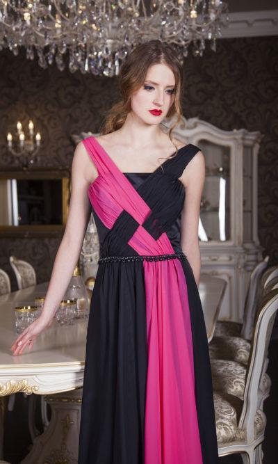 Robe de soirée bicolore avec un joli drap