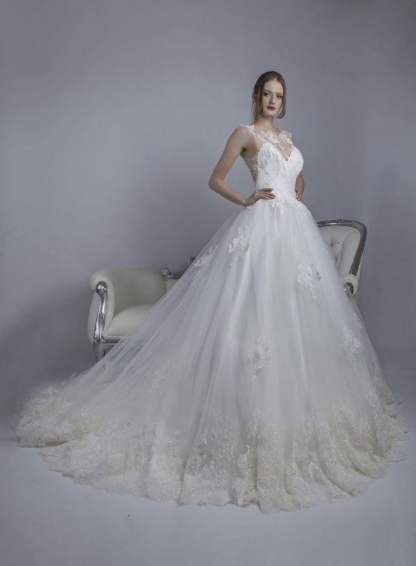 Robe de mariée en tulle et satin chic