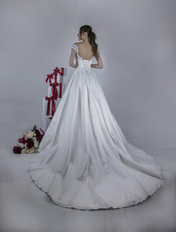 Robe de mariage avec corset et laçage
