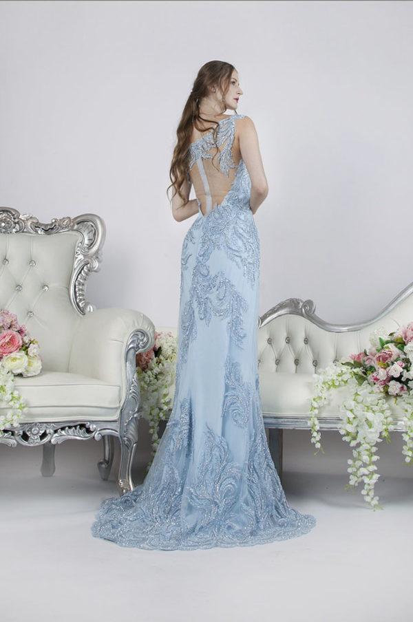 Robe de soirée avec un dos en tulle transparent
