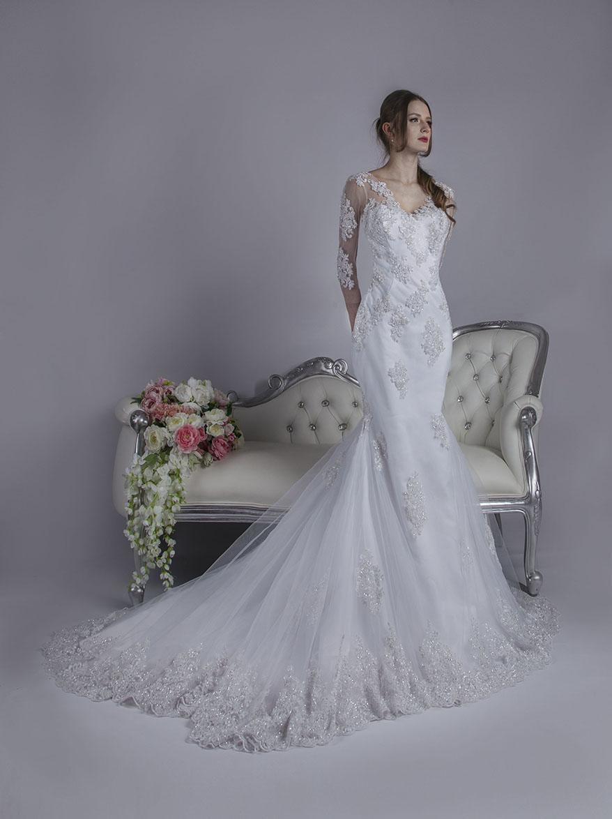 Robe de mariée sirène à manches en dentelle