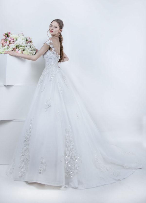 Robe de mariage princesse avec traine Paris