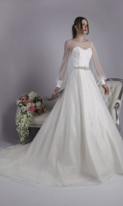 Robe de mariée avec traine Paris