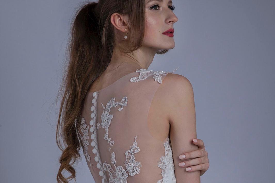 Robe de mariage avec dos transparent