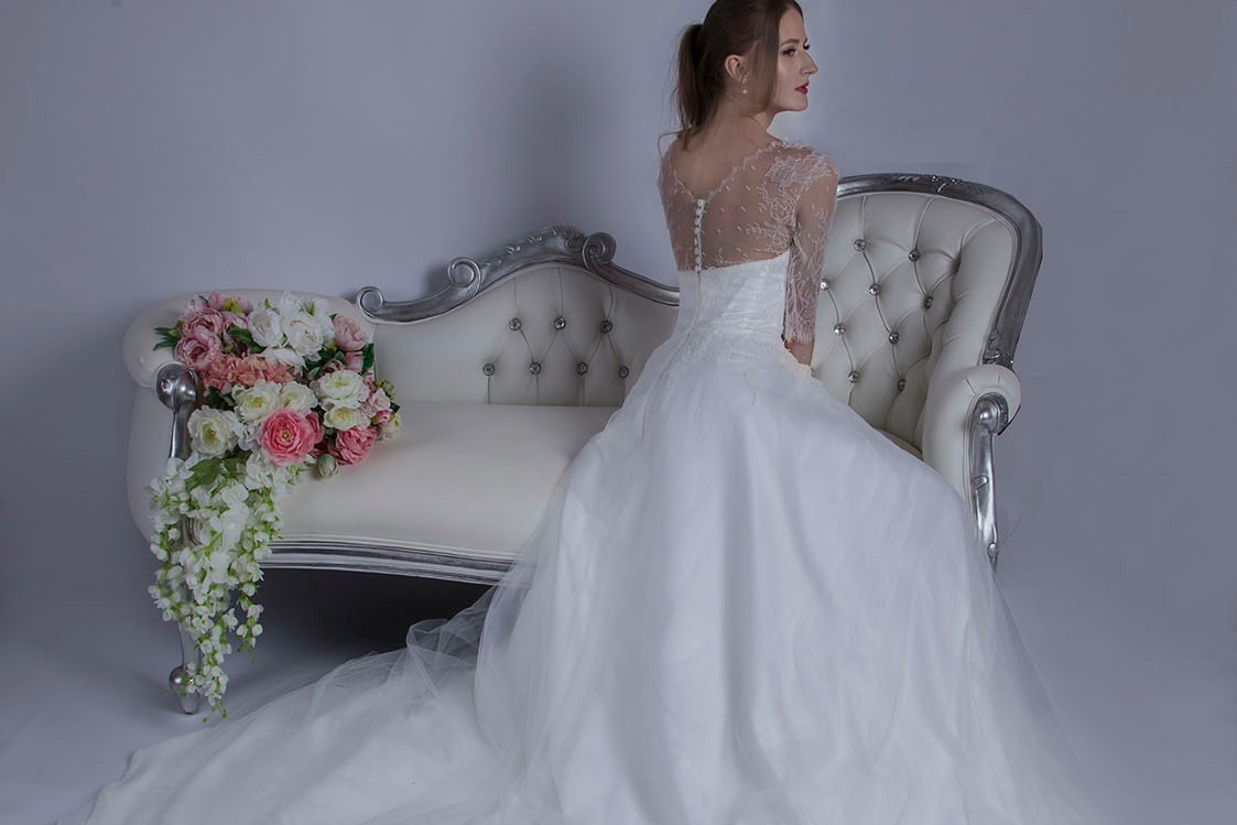 Robe de mariage en dentelle Paris