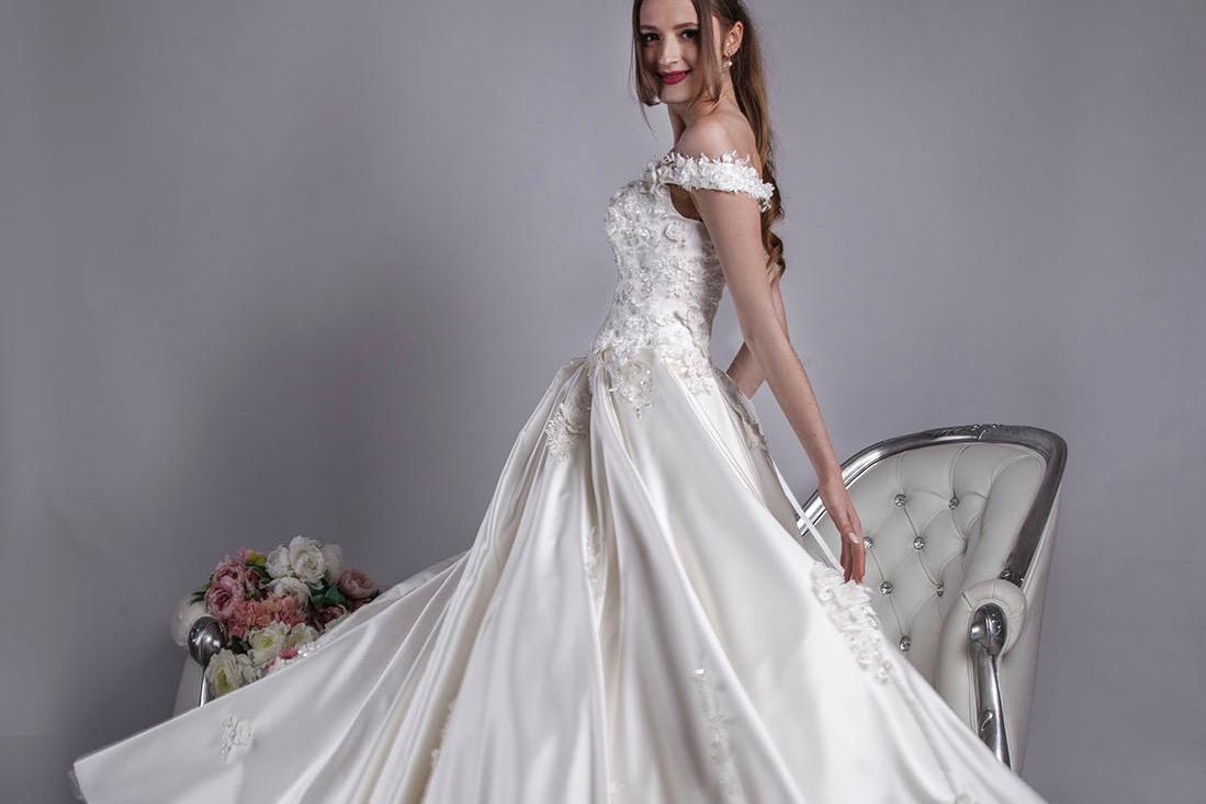 Découvrez nos magnifiques robes de mariée à Paris