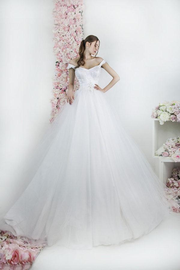 Robe de mariée princesse avec un corset et gaine