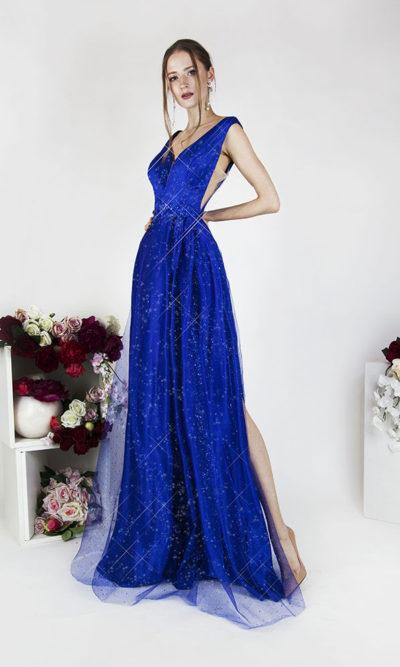 Robe de soirée bleue avec paillettes et dentelle