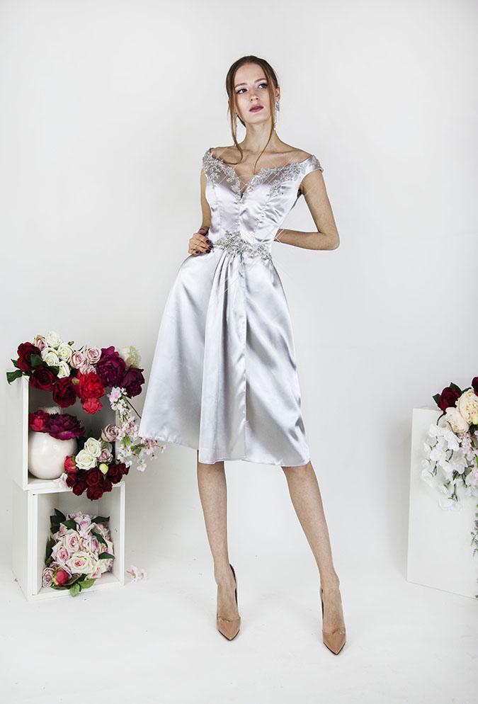 Robe de soirée courte avec bretelles sexy