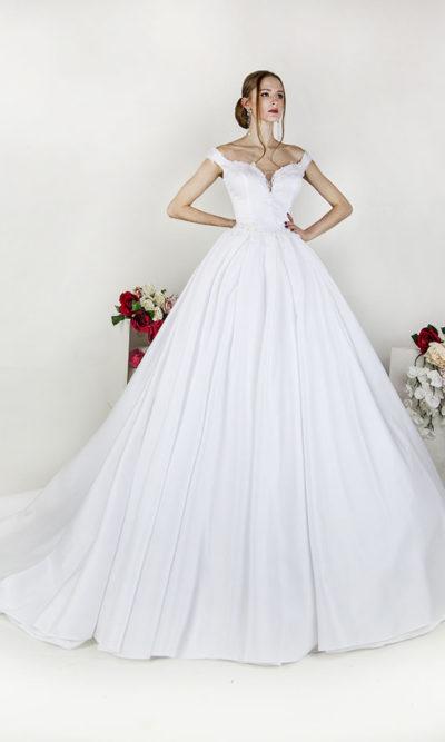 Robe de mariée à manches tombantes Paris