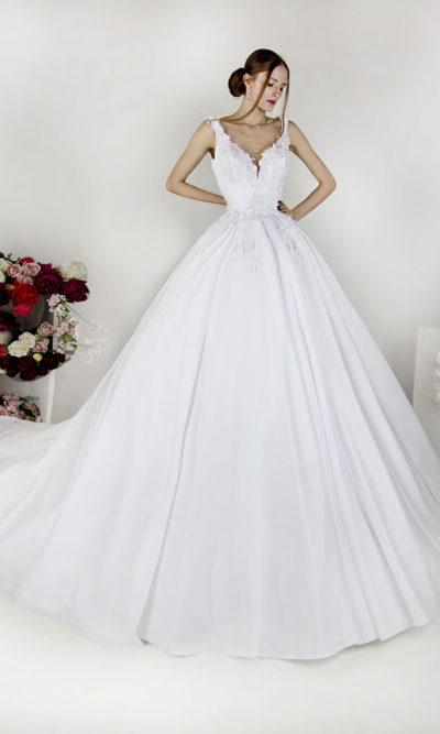 Robe de mariée avec bretelles et décolleté profond