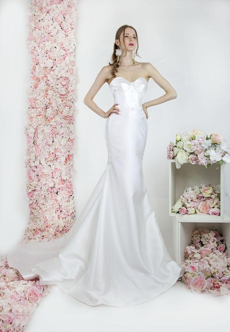 Robe de mariée créateur Paris en mikado satin sirène