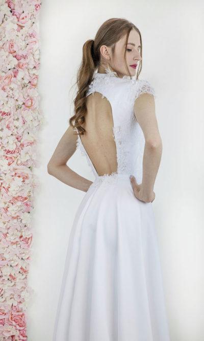 Robe de mariée fluide et trapèze