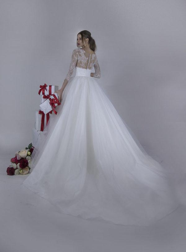 Robe de mariée en tulle avec des manches magnifiques