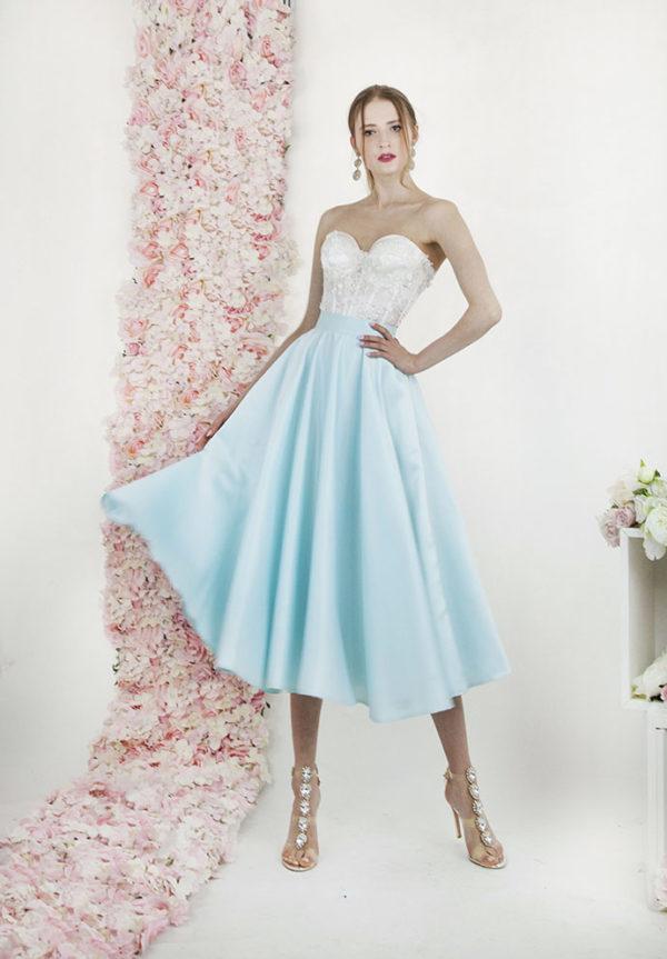 Robe de mariée courte de couleur