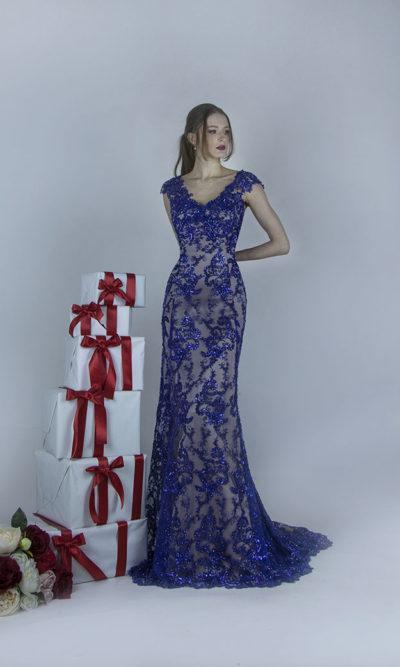 Jolie robe de soirée en dentelle de couleur bleu