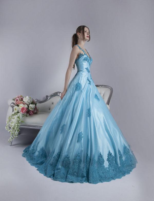Robe de bal pour gala couleur bleu à Paris