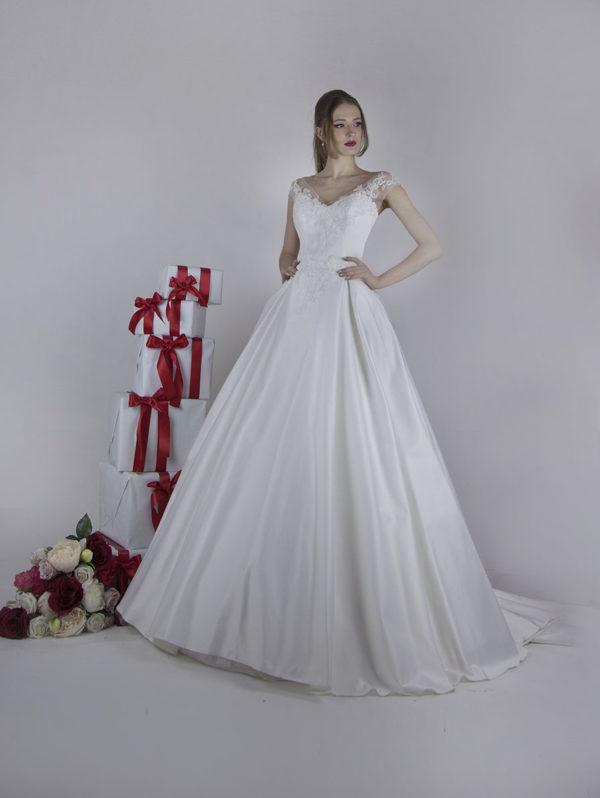 Robe de mariée romantique pleine de fleurs