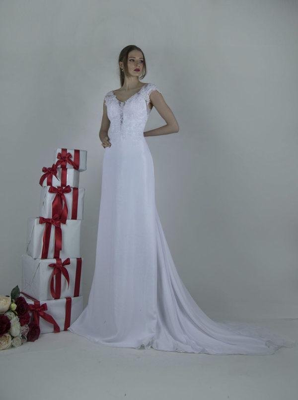 Robe de mariée romantique et traditionnelle pour une mariée moderne à Paris