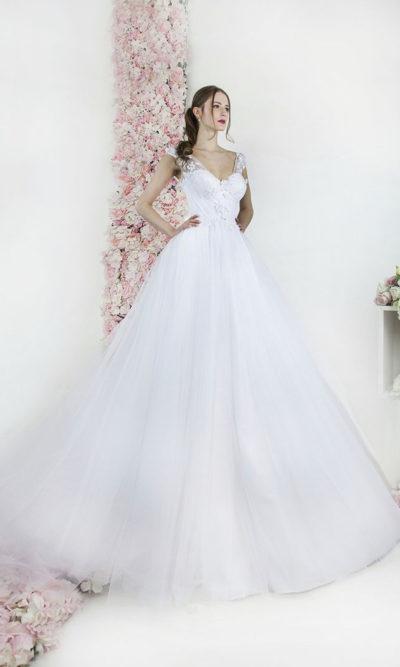 Robe de mariée pour princesse en tulle volumineux et dentelle brillante