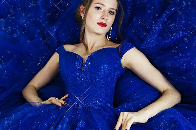Robe de gala bleu marine pour bal